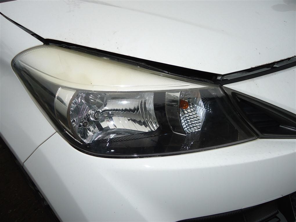 Фара Toyota Vitz NCP131 1NZ-FE 2012 правая 1413