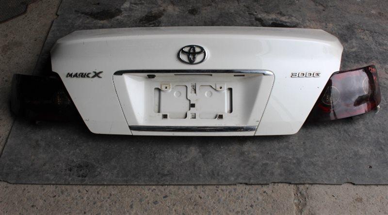Крышка багажника Toyota Mark X GRX120 задняя