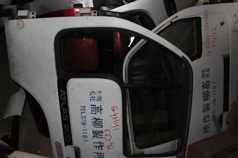 Дверь Nissan Atlas G4H41 FD42 передняя левая