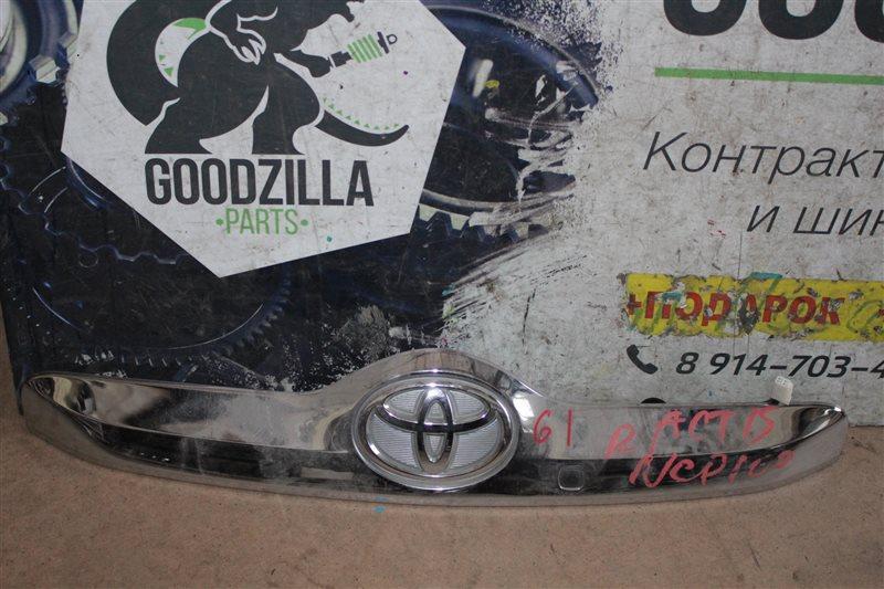 Планка задняя Toyota Ractis SCP100