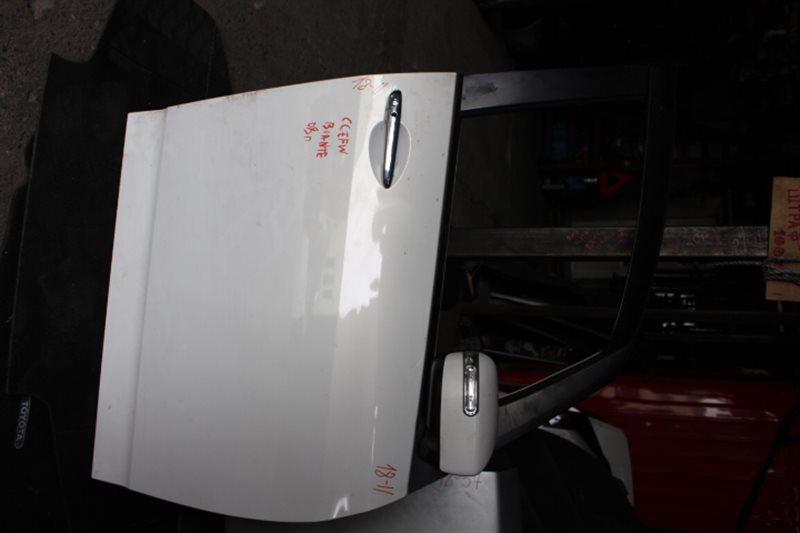 Дверь Mazda Biante CCEFW 2008 передняя правая