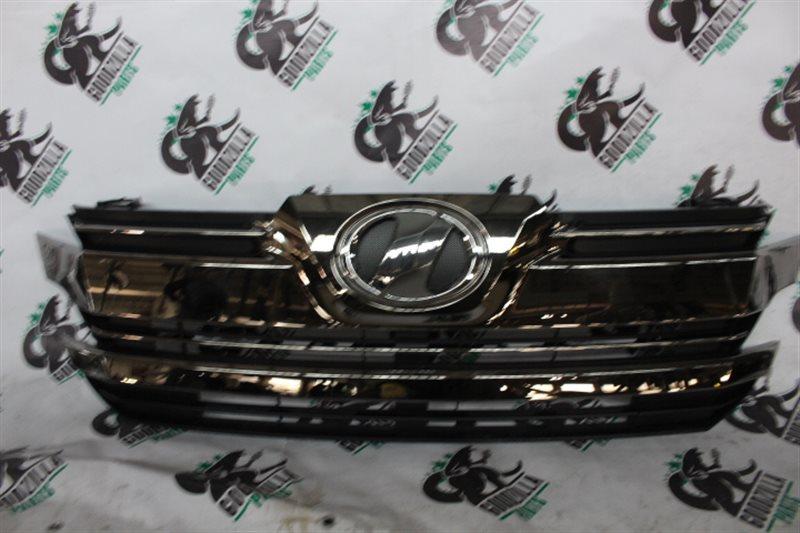 Решетка радиатора Toyota Vellfire AGH30 передняя
