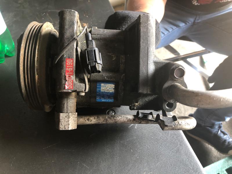 Компрессор кондиционера Nissan WGNC34 RB25DE