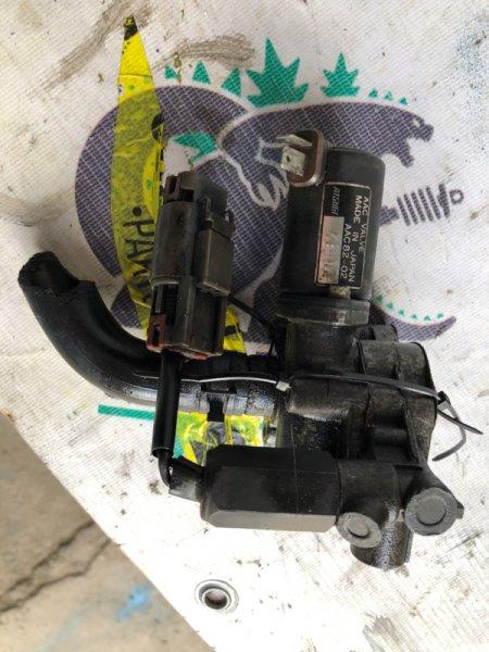 Воздушный клапан Nissan Cedric WY30 VG20