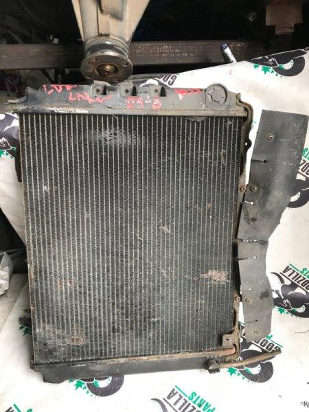 Радиатор основной Nissan Largo VUGJNC22 LD20 передний