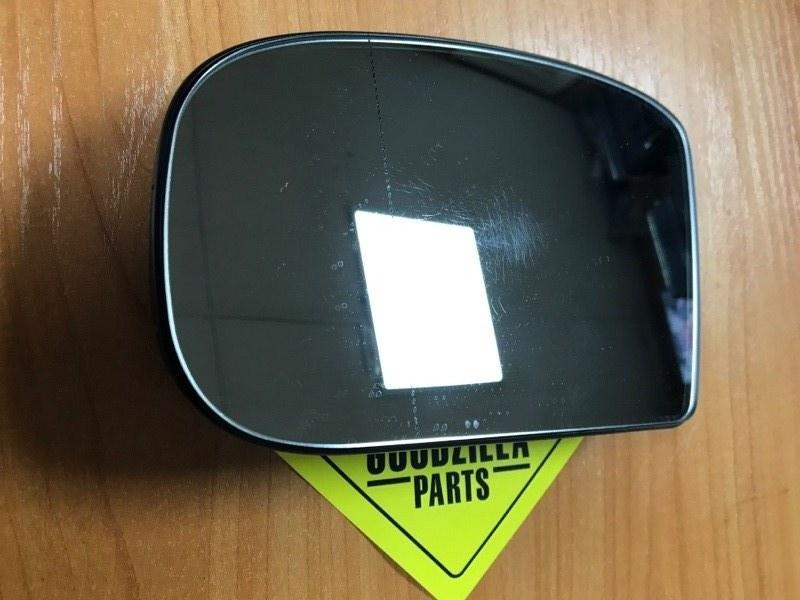 Стекло зеркала Mercedes-Benz S500 WDB220 переднее левое