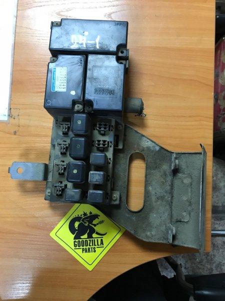 Блок предохранителей Mitsubishi Canter FB51
