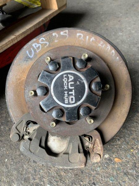 Ступица Isuzu Bighorn UBS25GW 6VD1 передняя правая