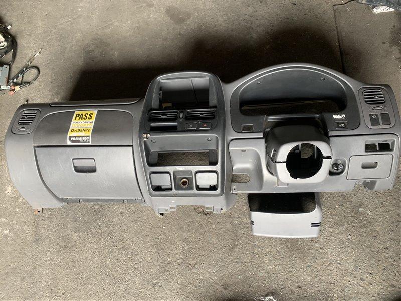 Торпедо Nissan Datsun RMD22 QD32 1999 переднее
