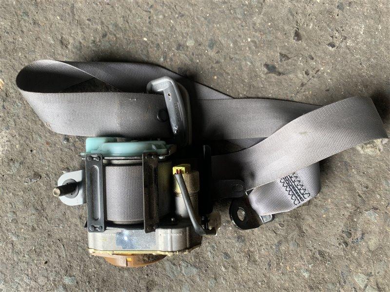 Ремень безопасности Nissan Datsun RMD22 QD32 1999 передний правый