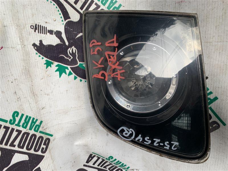 Стоп-вставка Mazda Axela BK5P задняя правая