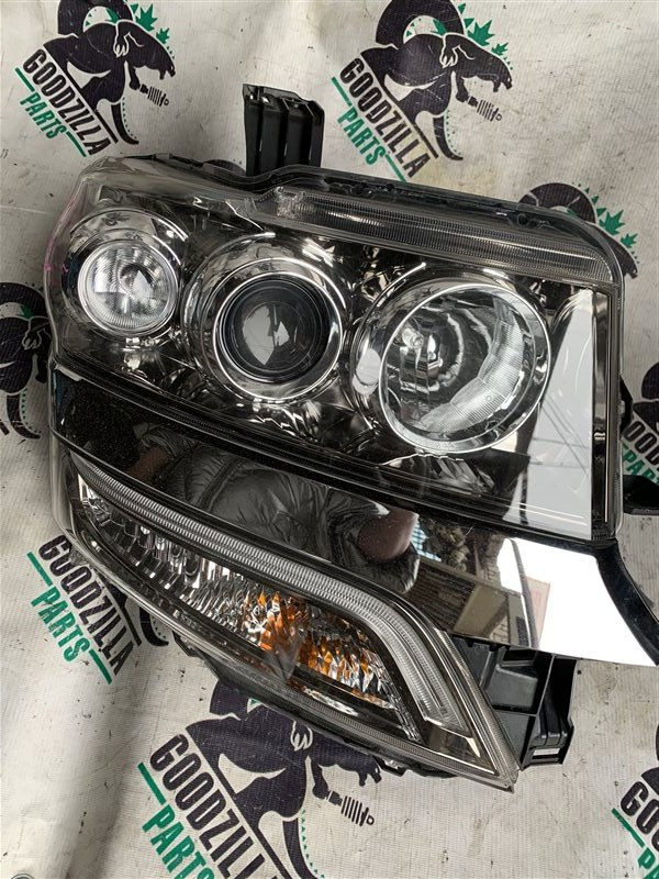 Фара Honda N-Box JF1 передняя правая