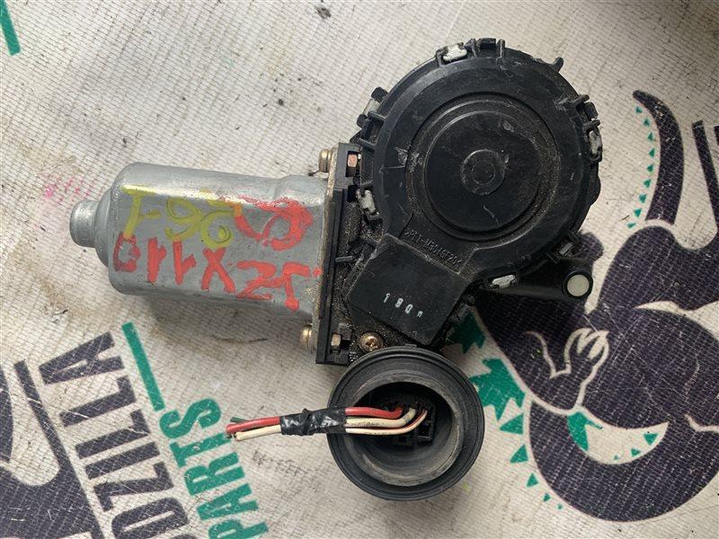 Мотор стеклоподъемника Toyota Mark Ii JZX110 передний правый