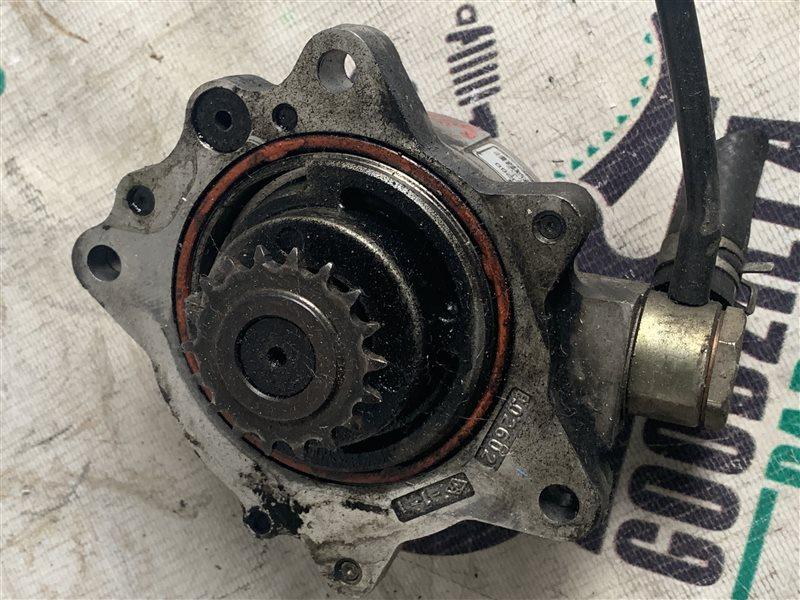 Насос вакуумный Nissan Expert VEW11 YD22DD