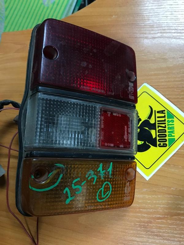 Стоп-сигнал Nissan Homy E23 задний левый
