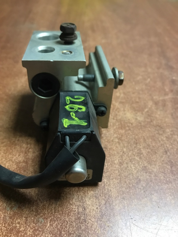 Клапан кондиционера Toyota Probox NCP50 1NZFE передний