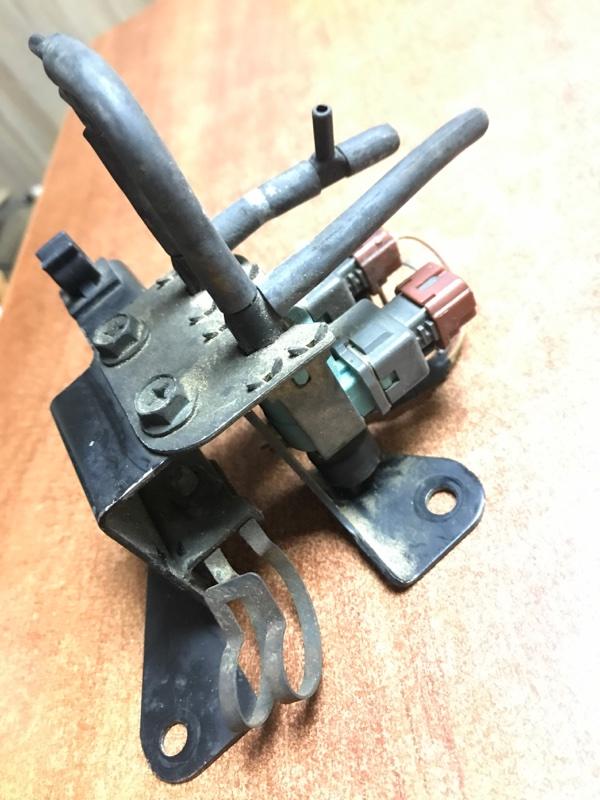 Клапан вакуумный Suzuki Jimny JB23W K6AT