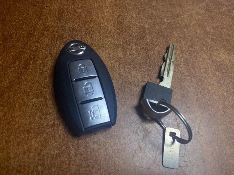 Смарт-ключ Nissan