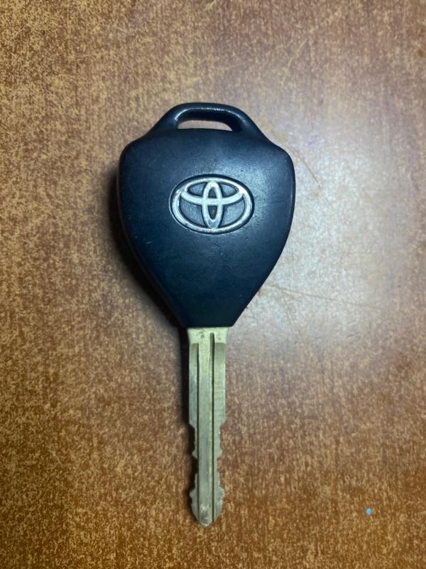 Ключ зажигания Toyota