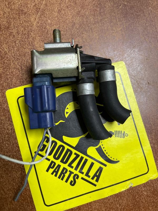 Клапан вакуумный Nissan Bluebird Sylphy QG10 QG18DE