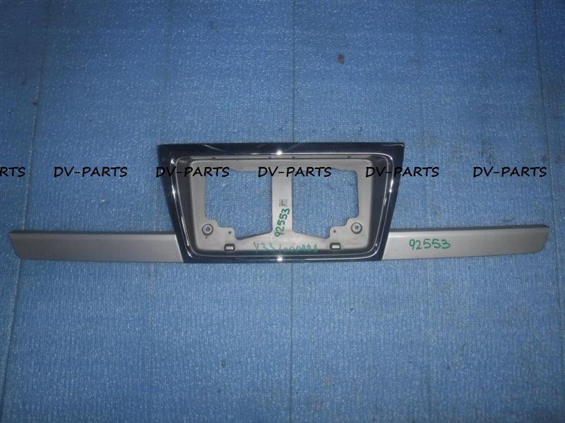 Рамка под номер Nissan Leopard Y33 VQ25DE задняя #92553
