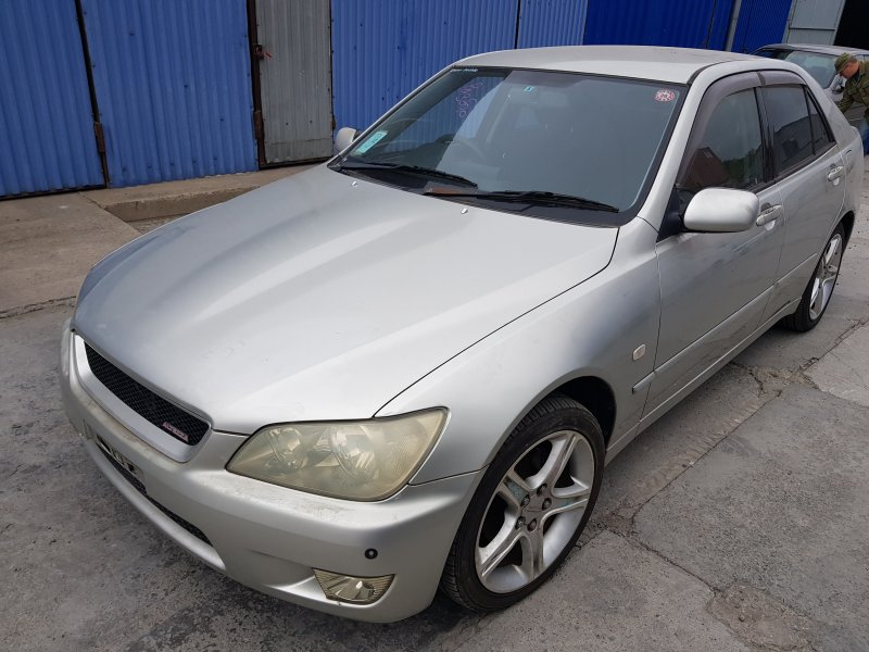 Кузов Toyota Altezza GXE10 1G-FE 2002