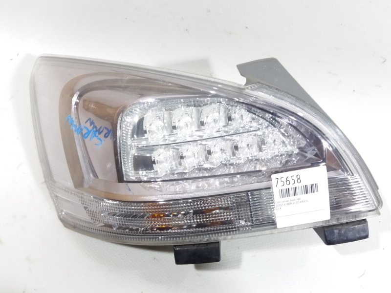 Стоп-сигнал Toyota Mark X Zio ANA10 задний левый