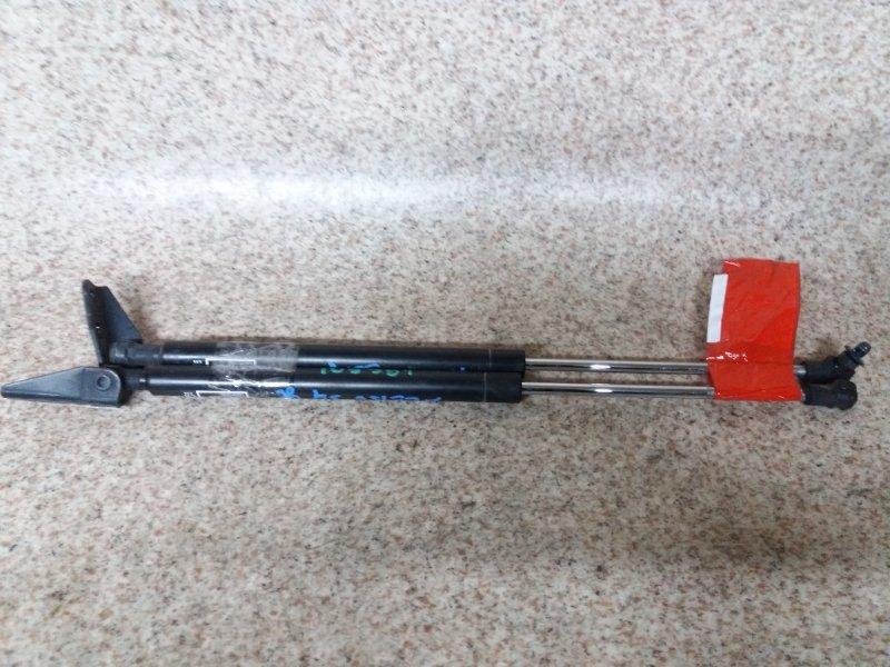 Амортизатор задней двери Toyota Blade AZE156 задний