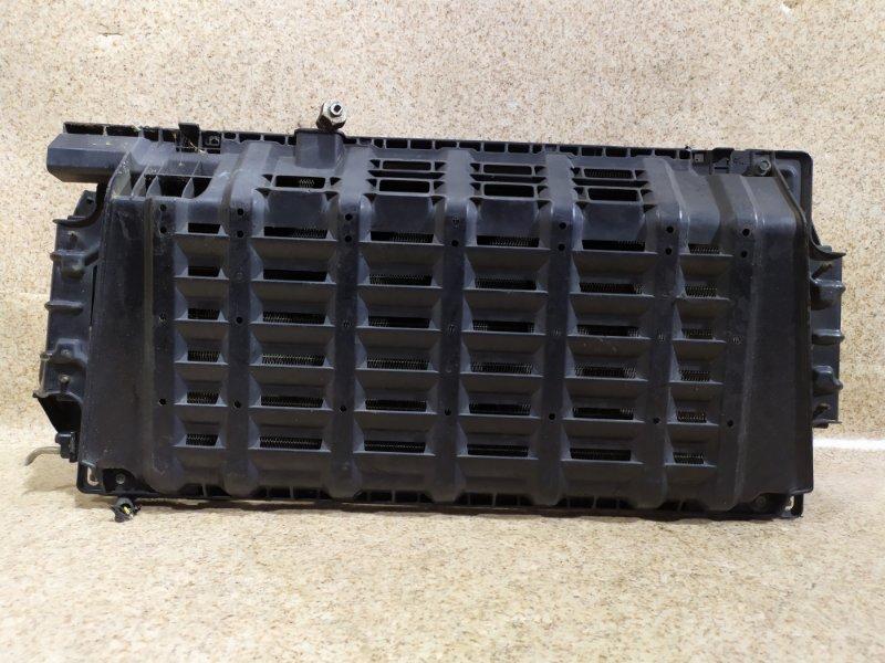 Радиатор кондиционера Nissan Caravan VPE25