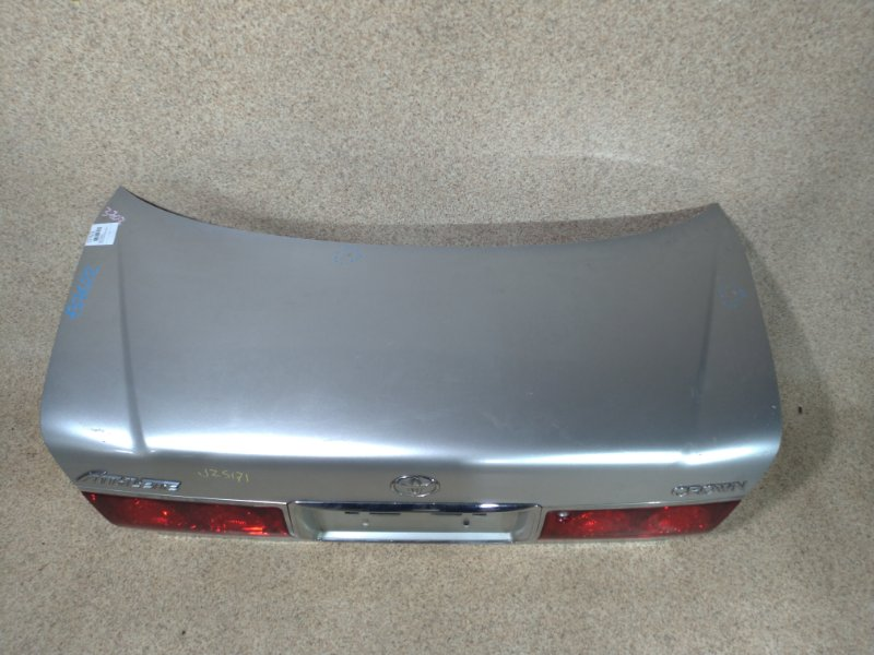 Крышка багажника Toyota Crown GS171 задняя