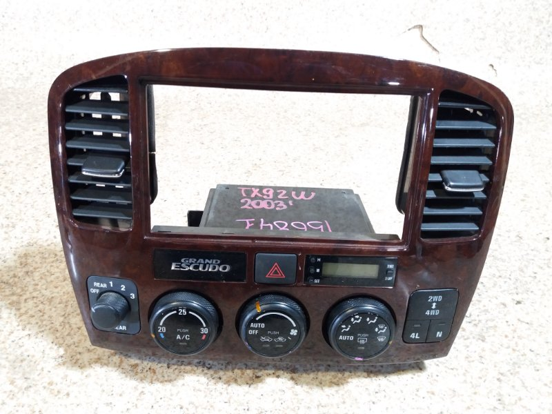 Климат контроль Suzuki Grand Escudo TX92W 2003