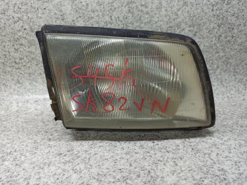 Фара Nissan Vanette SK82VN передняя правая