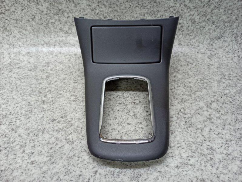 Консоль кпп Toyota Avensis AZT250