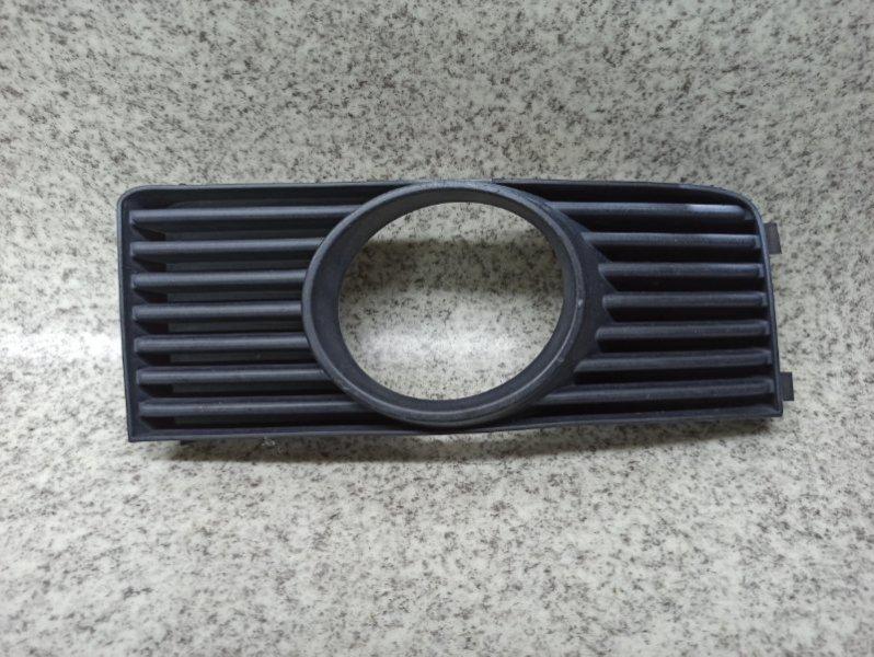 Ободок туманки Nissan Fuga Y50 VQ25DE передний правый