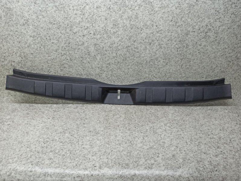Накладка замка багажника Subaru Forester SH5 EJ204