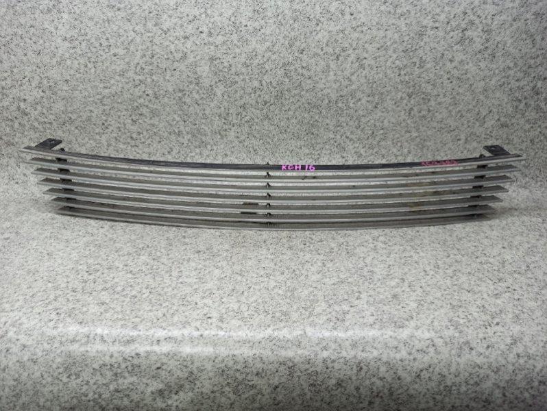 Решетка радиатора Toyota Grand Hiace KCH16 передняя