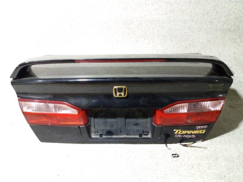Крышка багажника Honda Torneo CF4 задняя