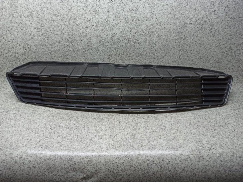 Решетка бамперная Toyota Aqua NHP10 1NZ-FXE передняя