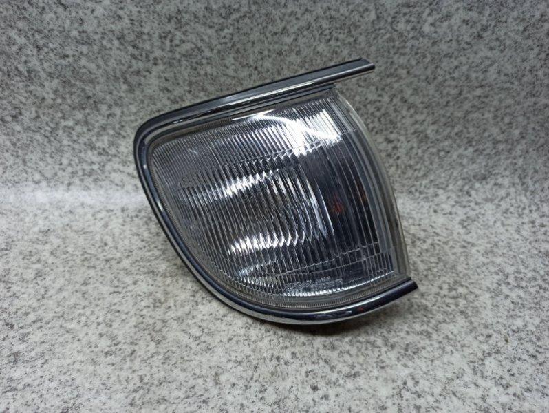 Габарит Nissan Terrano R50 QD32ETI передний правый