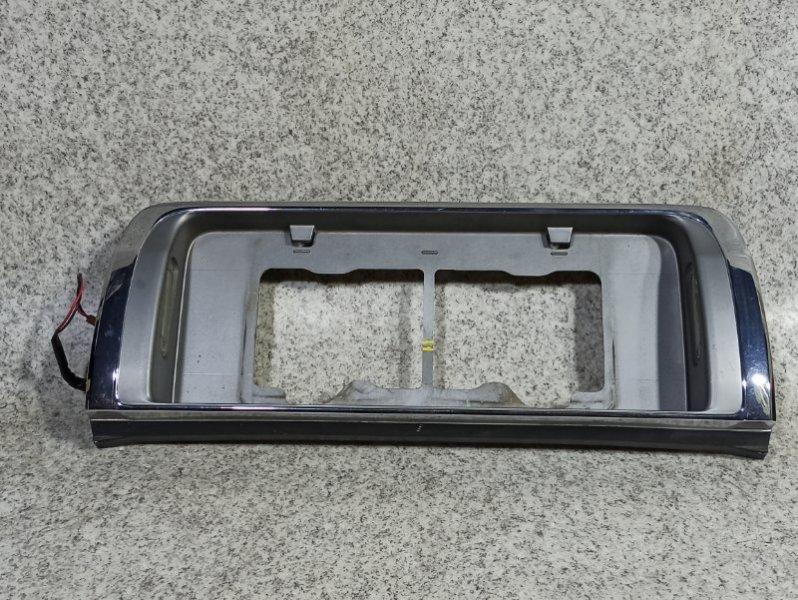 Рамка под номер Nissan Cedric Y31 VG20E задняя