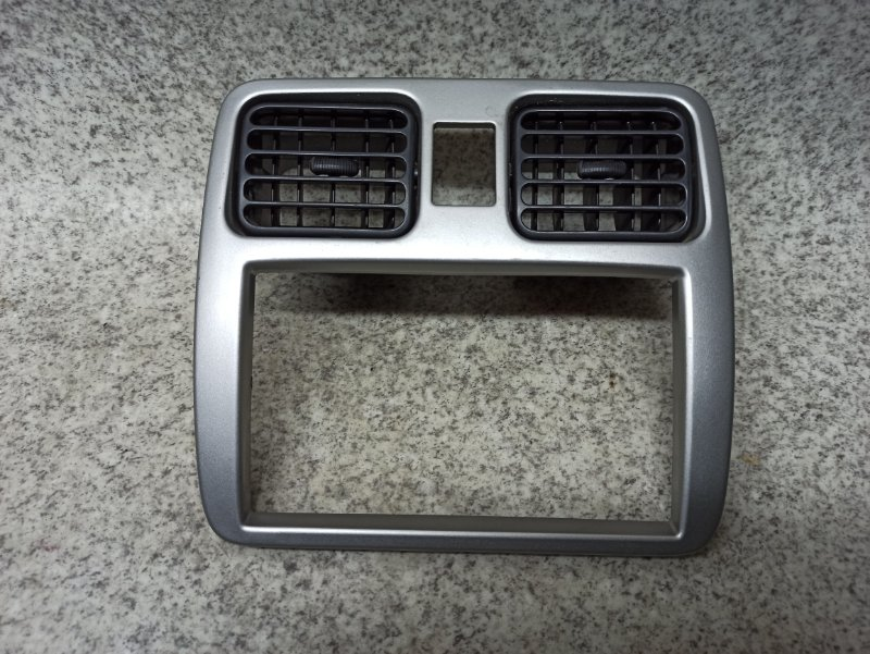 Консоль магнитофона Suzuki Wagon R Solio MA34S