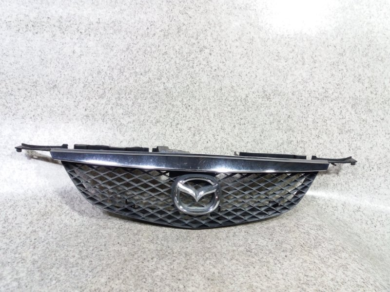 Решетка радиатора Mazda Premacy CP8W передняя