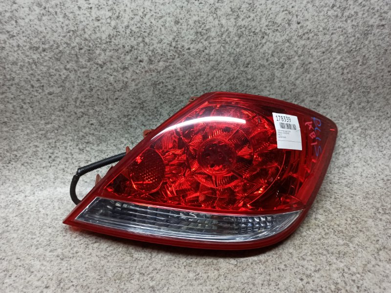 Стоп-сигнал Honda Legend KB1 задний правый