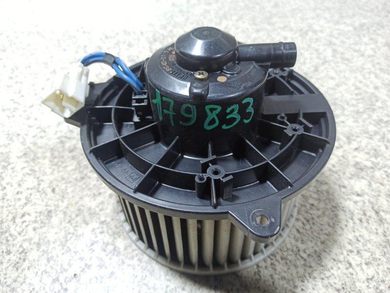 Мотор печки Mazda Capella GWER