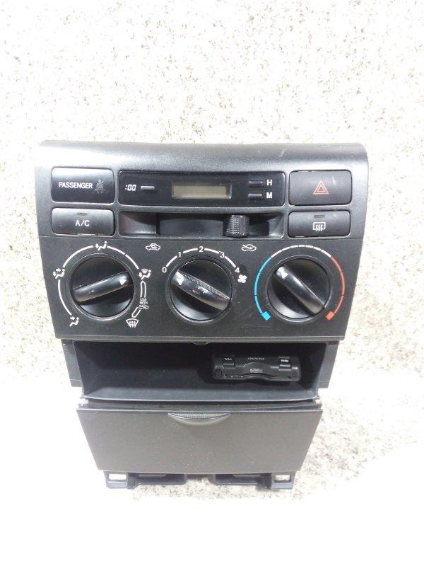 Климат контроль Toyota Corolla NZE121