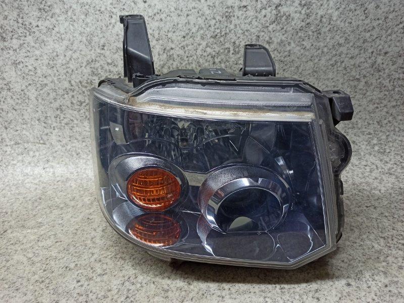 Фара Mitsubishi Toppo H82A передняя правая