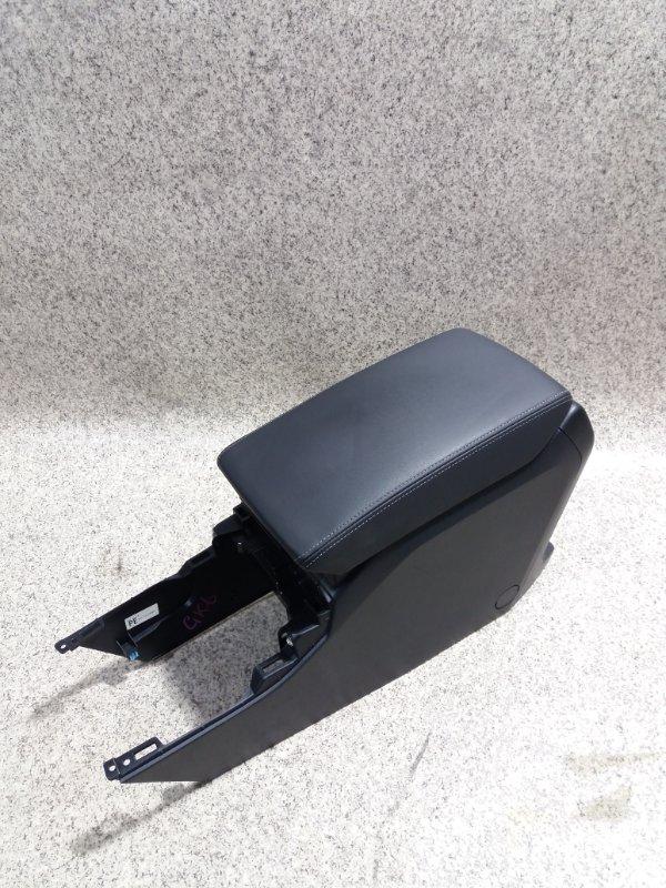 Бардачок между сиденьями Subaru Impreza GK6