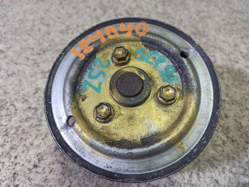 Помпа Toyota Vitz SCP90 2SZ-FE