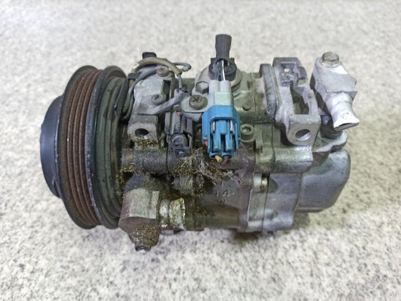 Компрессор кондиционера Subaru Legacy BH5 EJ206