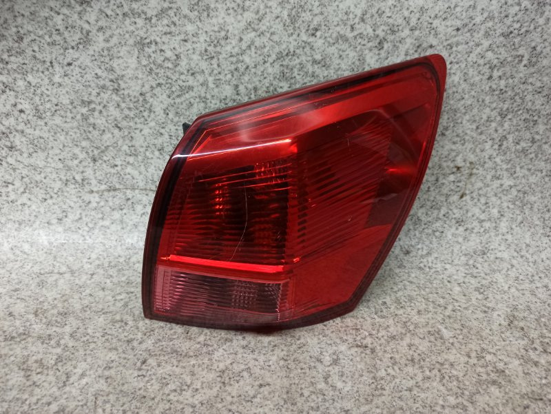 Стоп-сигнал Nissan Dualis J10 задний правый
